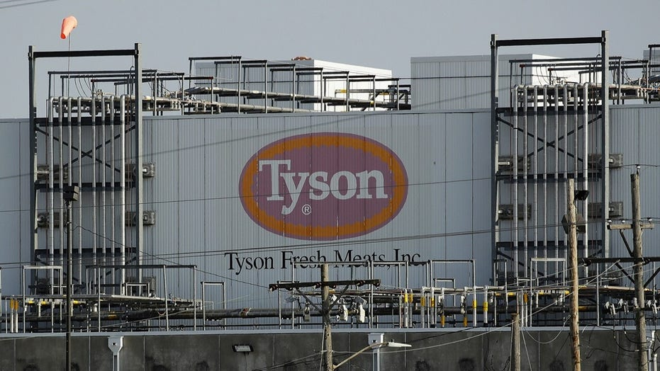 Tyson adds plant-based patty to Jimmy Dean sandwiches