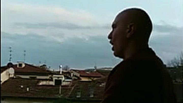 Quarantined Italian singer serenades town from his balcony