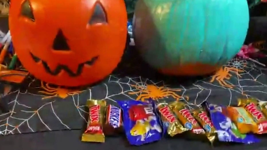 New York police say razor blade found in child's Halloween candy