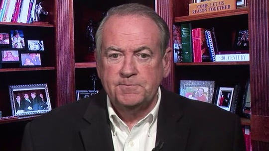 Mike Huckabee: Pence is right choice to lead coronavirus response 鈥� Democrats wrong to launch political attack