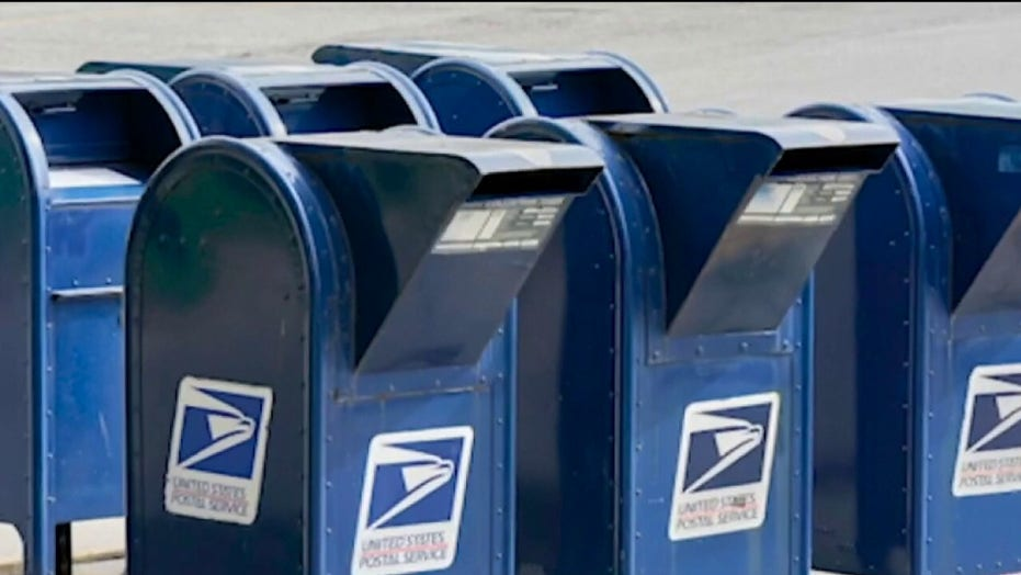 Dem lawmakers accuse Postal Service of illegally blocking visits