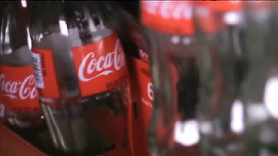 San Francisco's iconic Coca-Cola sign will be taken down amid Coke's refocus on 'digital media platforms'