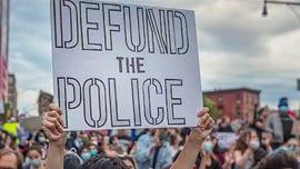 Geraldo Rivera: Keep cops, defund abuse