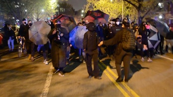 Daunte Wright protests: Crowd in Washington, DC, chants 'burn the precinct to the ground,' video shows