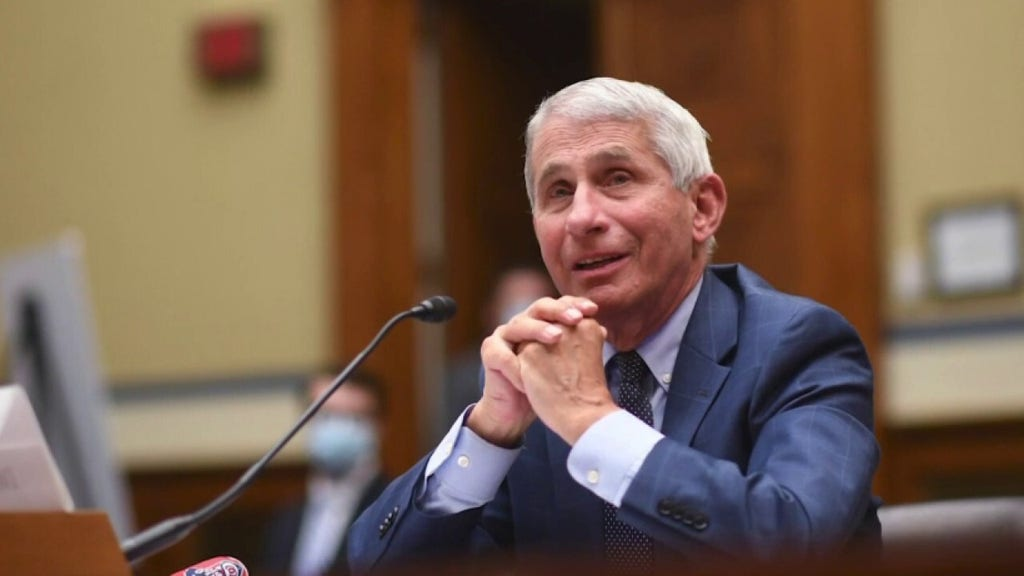 Critics erupt after Fauci says vaccinated Americans still should not eat indoors