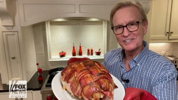 Steve Doocy: Shake up your Thanksgiving with this recipe for bacon-wrapped turkey