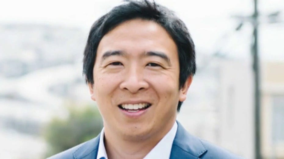 Ex-Democrat Andrew Yang starts Forward Party and announces PAC