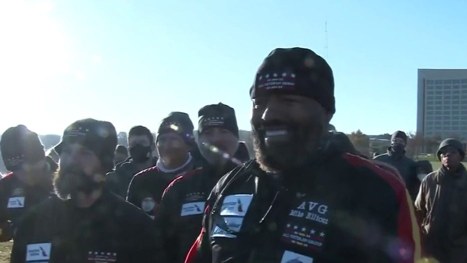 Group of veterans make skydiving entrance to honor service members