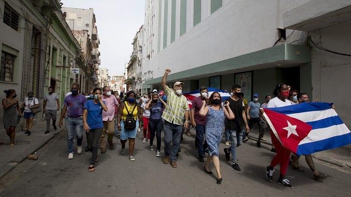 Su. Rubio on Cubans rallying against communism: 'Horrifying'