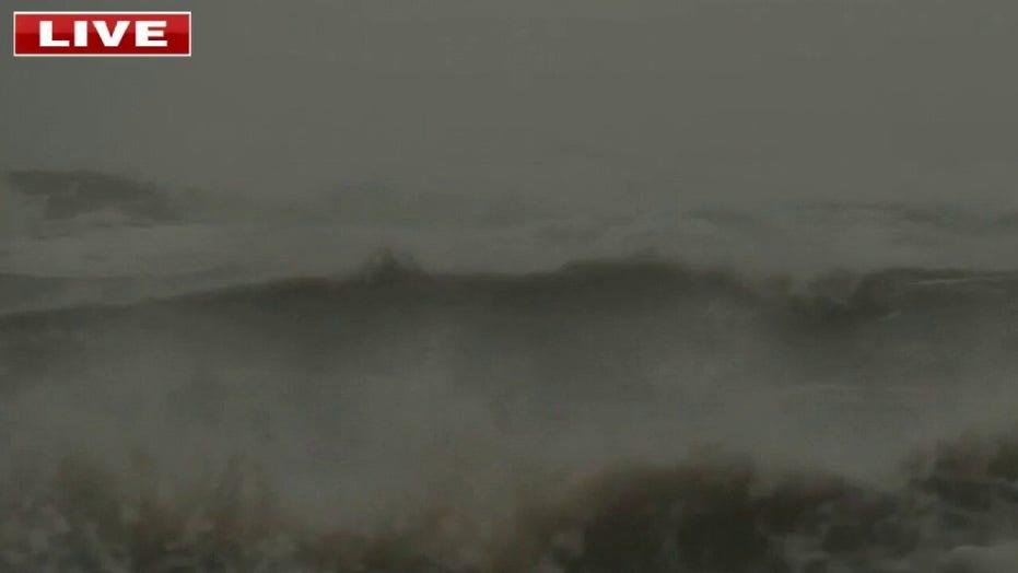 Hurricane Delta expected to weaken, make landfall Friday