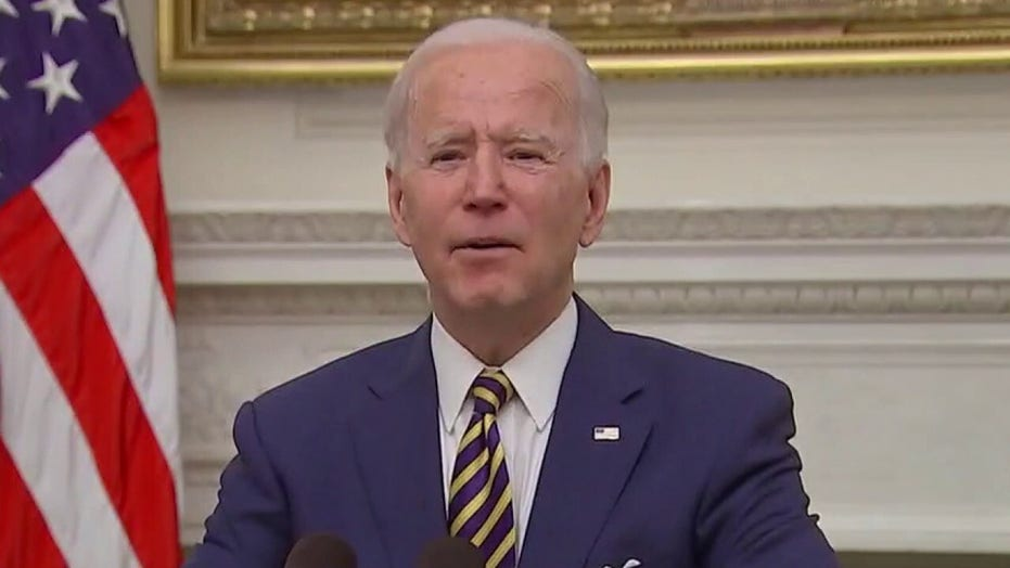 Rep. Ilhan Omar calls on Biden to back 'recurring cash payments' until economy recovers