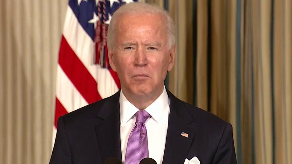 Biden shifts on vaccine under pressure from ... 미디어