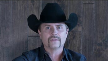 John Rich previews new song 'Earth to God' on 'Fox & Friends'