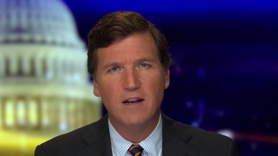 터커 칼슨: Mainstream media's Hunter Biden lies have consequences. Glenn Greenwald에게 문의