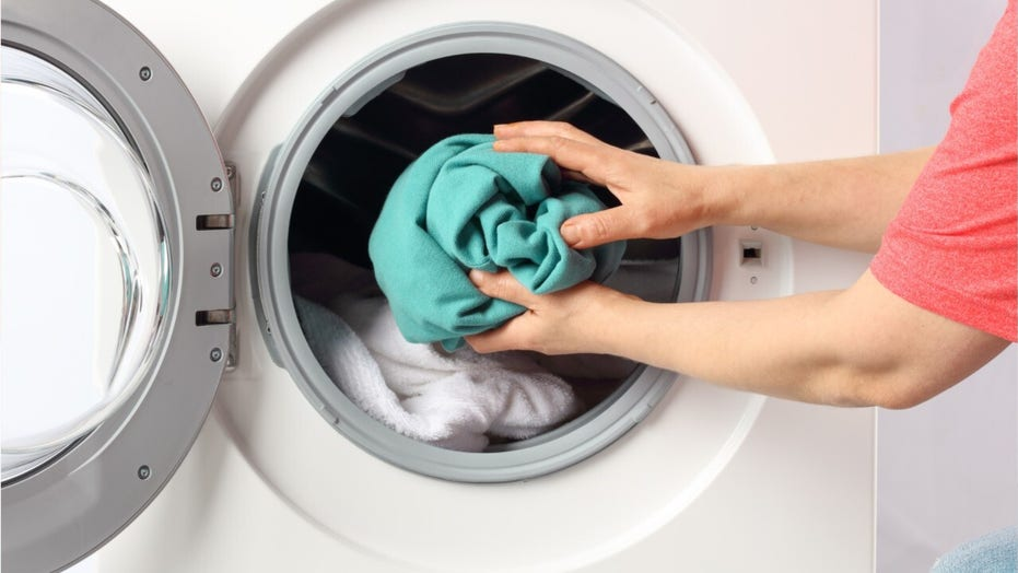 Coronavirus and clothes: How to handle laundry during a pandemic