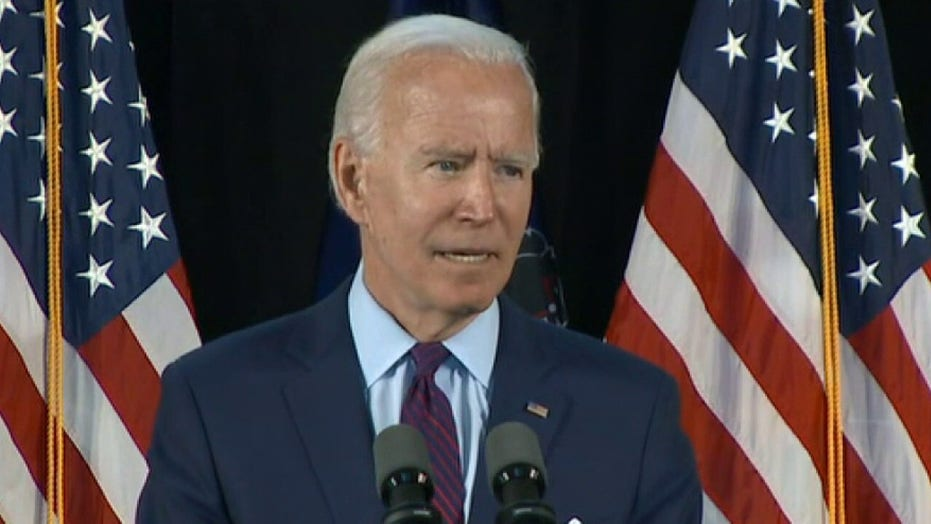Joe Biden urges Americans to wear masks