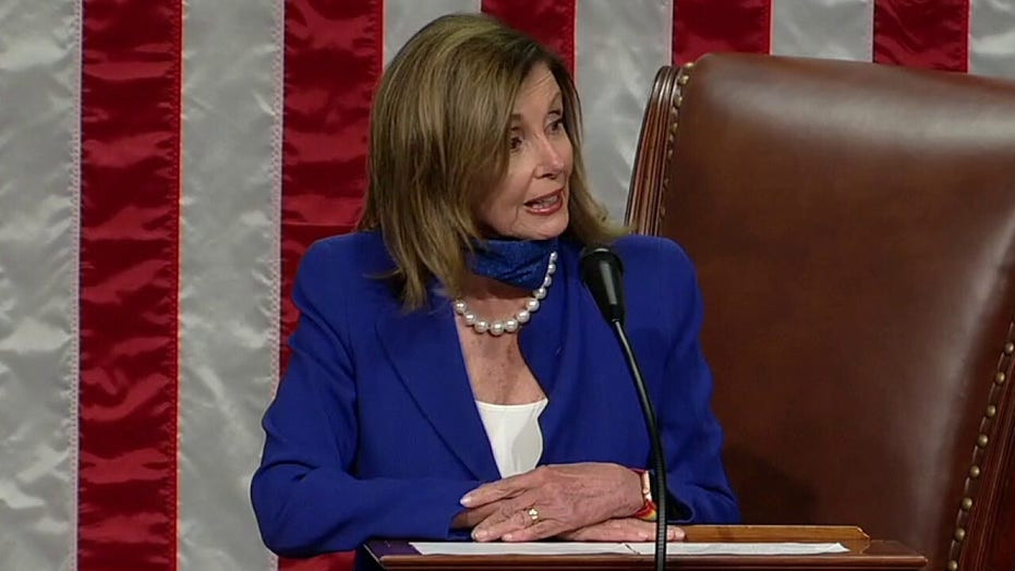Nancy Pelosi announces that masks will be required in the House chamber
