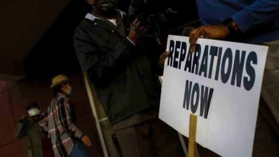 Reparations legislation advocates can't say who's eligible, how to pay for program