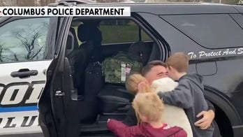 Police dept. in Indiana helps Navy father with homecoming surprise