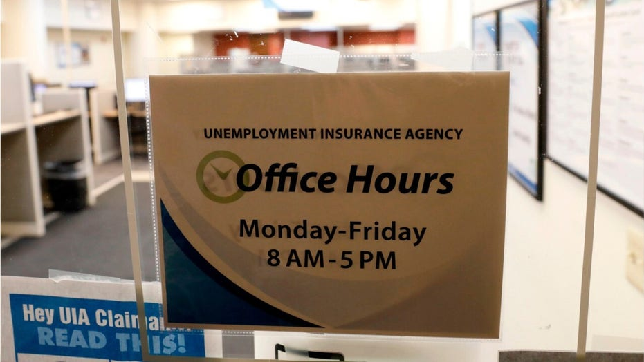White House says record surge in unemployment claims 'no surprise' amid coronavirus response