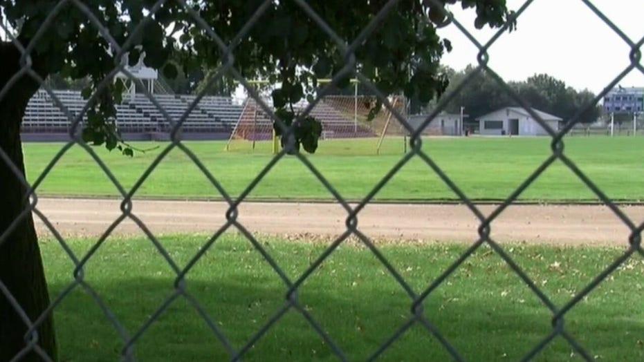 California high school football coach warns kids are 'losing hope' in lockdown