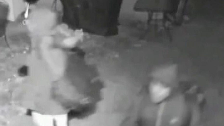 Soldier in Iraq catches thieves on doorbell camera