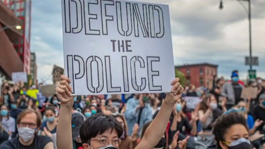 Oregon mayor on Portland rioting: This is what the 'defund police' movement looks like