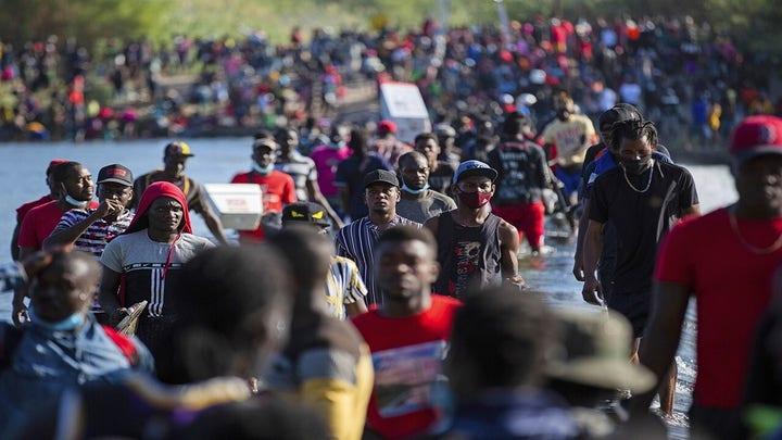 Del Rio residents decry 'tragic' crisis at the border