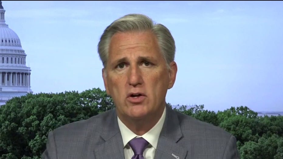 Kevin McCarthy calls out Schumer for 'playing politics with American lives' over Russia bounty reports
