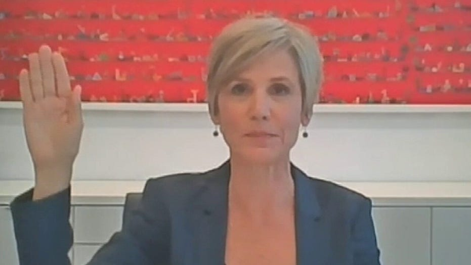 Sally Yates says James Comey blindsided her with Michael Flynn interview