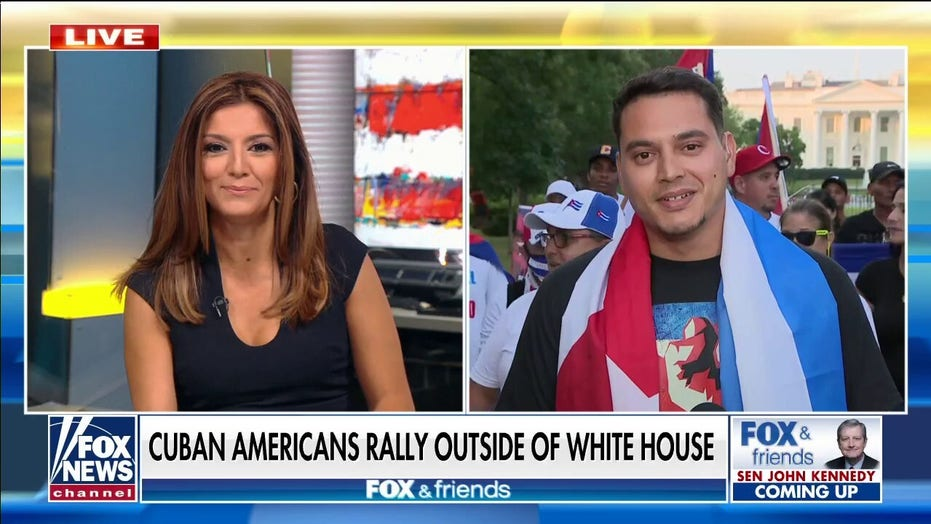 Cuban-Americans rally outside of White House