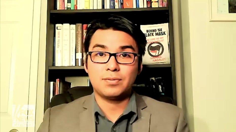 """Ex attivista antifa: """"Antifa odia il Partito Democratico"""""""