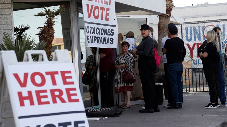 2020 Democrats campaign in Nevada as early voting gets underway