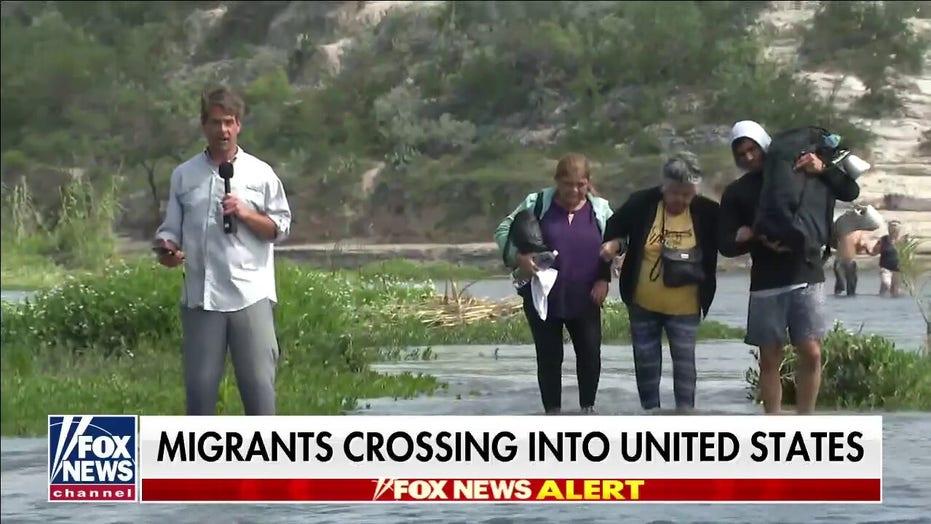 Fox Flight Team catches illegal migrants crossing Rio Grande; Griff Jenkins speaks to smuggler