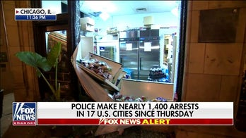 Looters leave trail of destruction in Chicago's business district