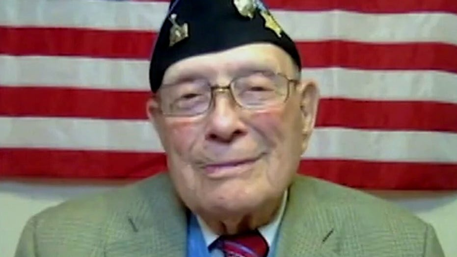 Medal of Honor recipient reflects on 75th anniversary of Japan's surrender