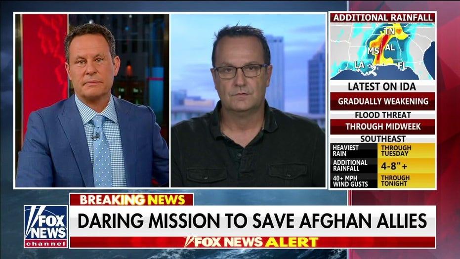 Retired Green Beret warns Americans, Afghan allies will be trapped behind enemy lines within hours