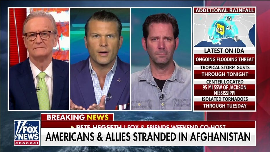 Retired Navy aviator labels Biden admin claim 'false,' says Americans denied entry into Kabul airport