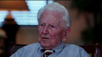 Iwo Jima veteran talks about serving alongside Martha MacCallum's uncle