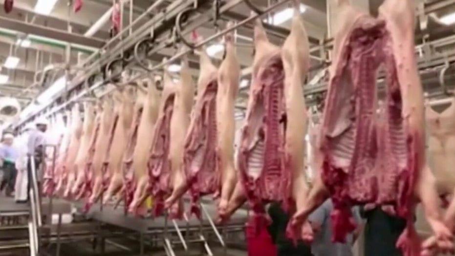 Coronavirus outbreaks, supply disruption threaten meat industry