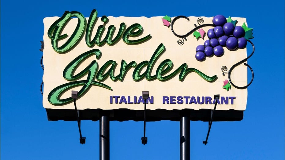 Olive Garden employees at Times Square location file complaint alleging racial and gender bias