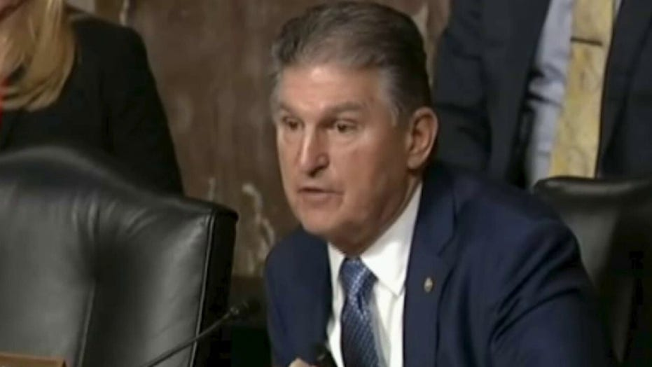 Manchin rails against eliminating filibuster, says he's not 'going to be part of blowing up this Senate'