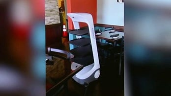 California restaurant using robot to serve tables amid worker shortage