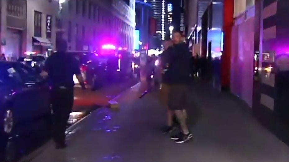NYPD responds to looting at stores in Herald Square including Macy's flagship store