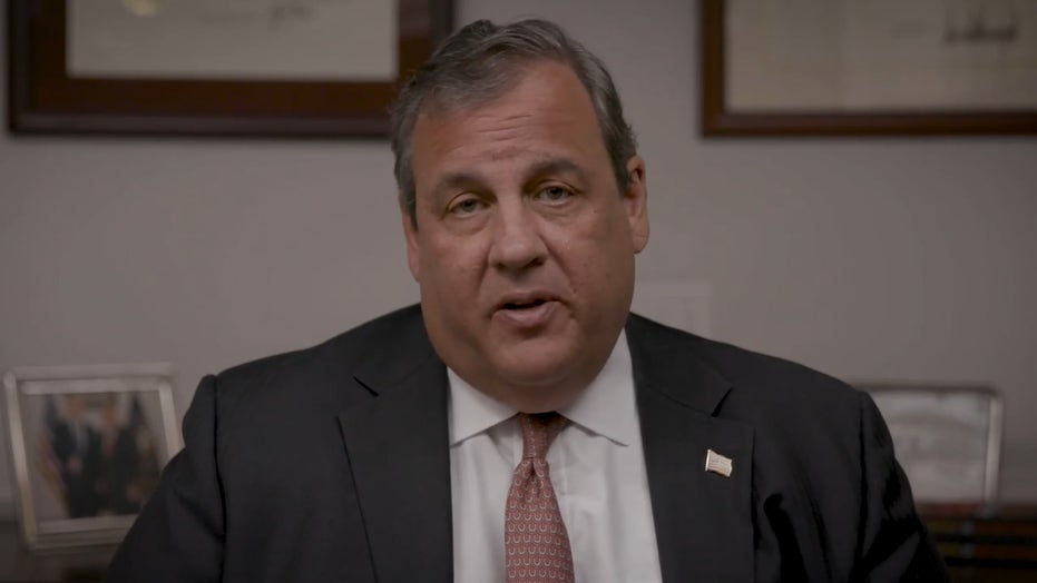 Chris Christie won't rule out challenging Trump in 2024