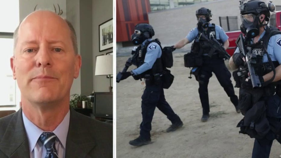 Minnesota state senator reacts to city council members voting to disband police: 'Hypocrisy'