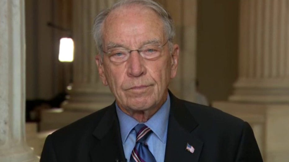 Grassley: Democrats know Barrett's qualifications are not an issue