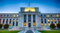 Federal Reserve wire transfer system down after alleged glitch