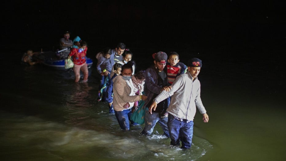 Ranchers along the southern border encountering migrants near homes