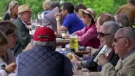 Restaurants continue to struggle to fill job openings